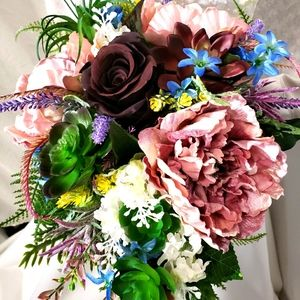 FREE SPIRITED BRIDES BOUQUET🎀💏